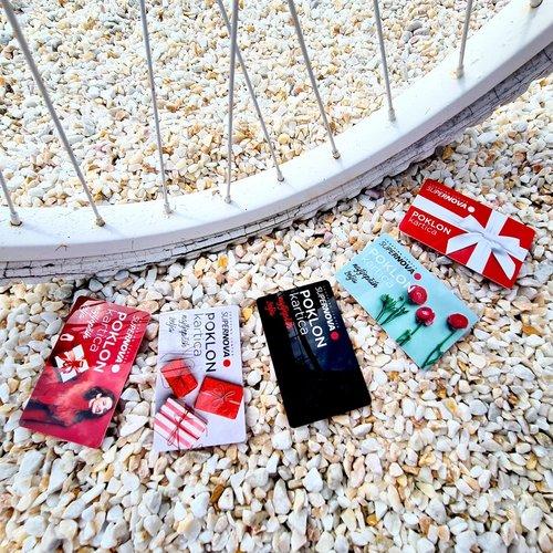 Pet divnih motiva za najdraži poklon :) Koja je vama omiljena? . . . #supernovahrvatska #shopping #gift #giftcard...